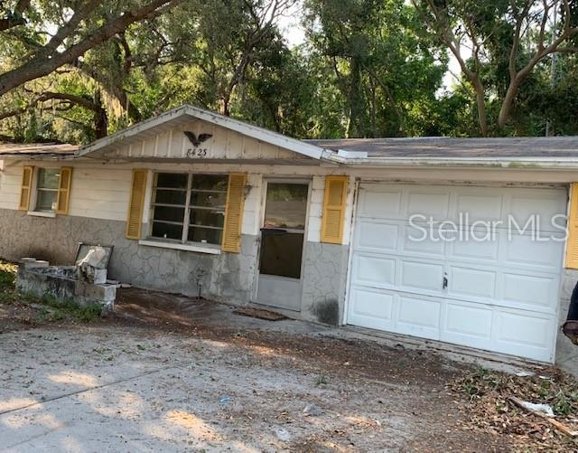 8423 Sunnydale Drive, Hudson, FL 34667 (MLS #T3182854) :: Lock & Key Realty
