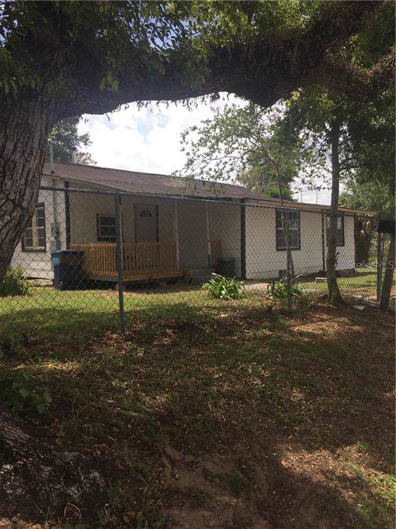 14733 8TH Street, Dade City, FL 33523 (MLS #T3187728) :: Ideal Florida Real Estate