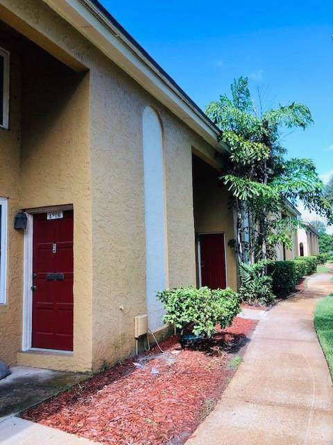4206 La Palma Court, Tampa, FL 33611 (MLS #T3188023) :: Team Bohannon Keller Williams, Tampa Properties