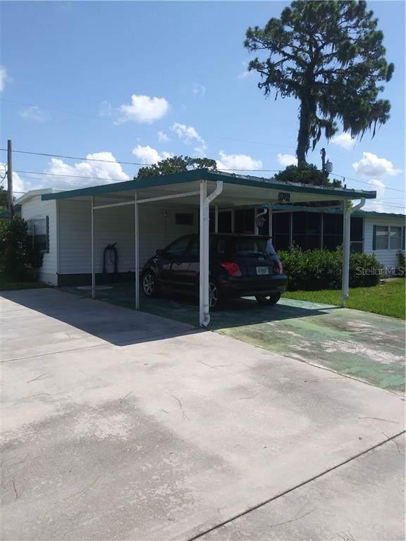 39153 Hillcrest Drive, Zephyrhills, FL 33542 (MLS #T3188122) :: Godwin Realty Group