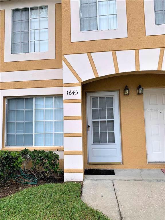 1645 Fluorshire Drive, Brandon, FL 33511 (MLS #T3189522) :: Delgado Home Team at Keller Williams