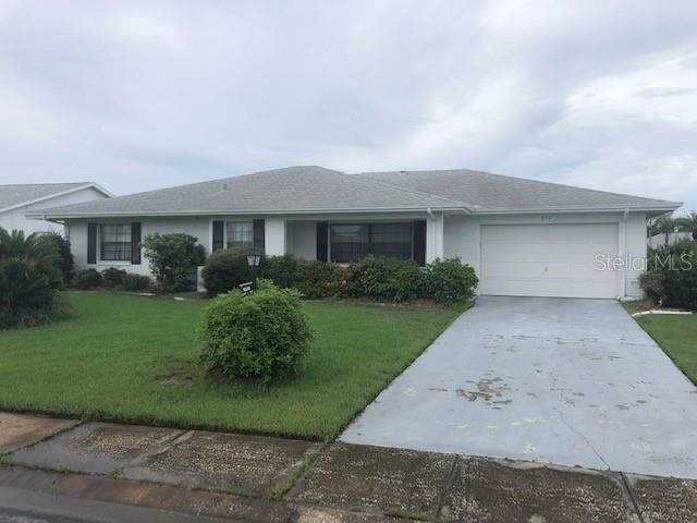 304 Sedgewick Court, Sun City Center, FL 33573 (MLS #T3193488) :: Delgado Home Team at Keller Williams