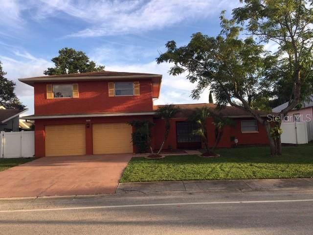 1701 Mapleleaf Boulevard, Oldsmar, FL 34677 (MLS #T3194565) :: Cartwright Realty