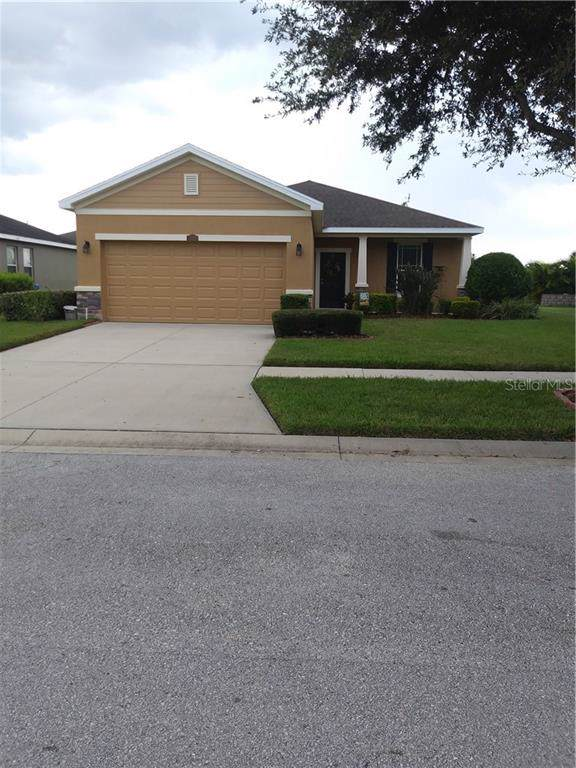 12204 Fairlawn Drive, Riverview, FL 33579 (MLS #T3199180) :: Dalton Wade Real Estate Group