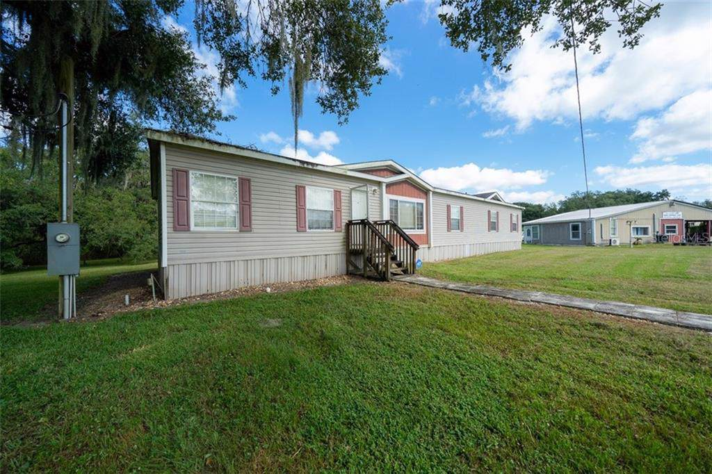 914 Knights Griffin Road - Photo 1