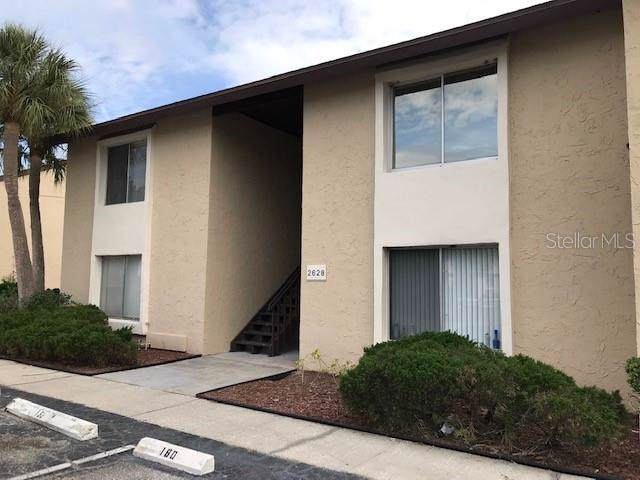 2628 Hidden Lake Drive N C, Sarasota, FL 34237 (MLS #T3205766) :: Armel Real Estate