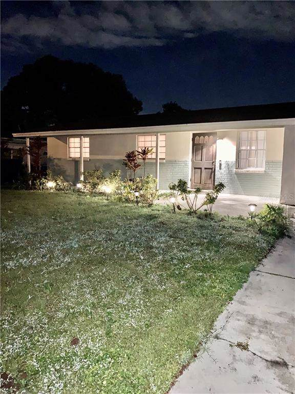 4854 San Pablo Place, Tampa, FL 33634 (MLS #T3205844) :: KELLER WILLIAMS ELITE PARTNERS IV REALTY