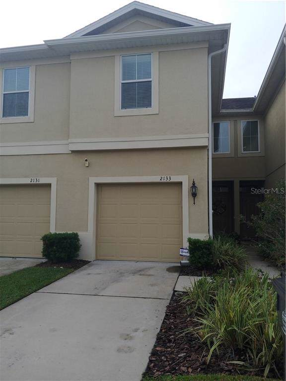 2133 Lennox Dale Lane, Brandon, FL 33510 (MLS #T3205915) :: The Duncan Duo Team