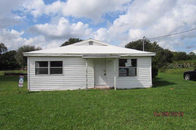 5219 N County Road 663, Bowling Green, FL 33834 (MLS #T3207997) :: The Duncan Duo Team