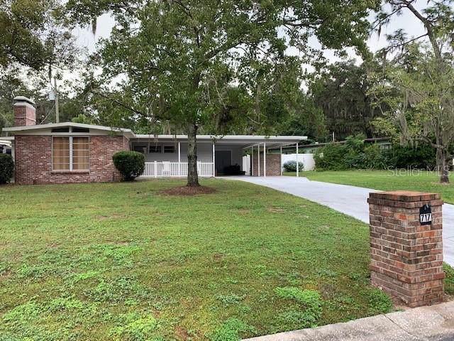717 E River Drive, Temple Terrace, FL 33617 (MLS #T3209395) :: Griffin Group