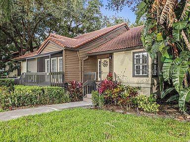 1233 Cottonwood Trail 2-2, Sarasota, FL 34232 (MLS #T3210847) :: Lovitch Realty Group, LLC