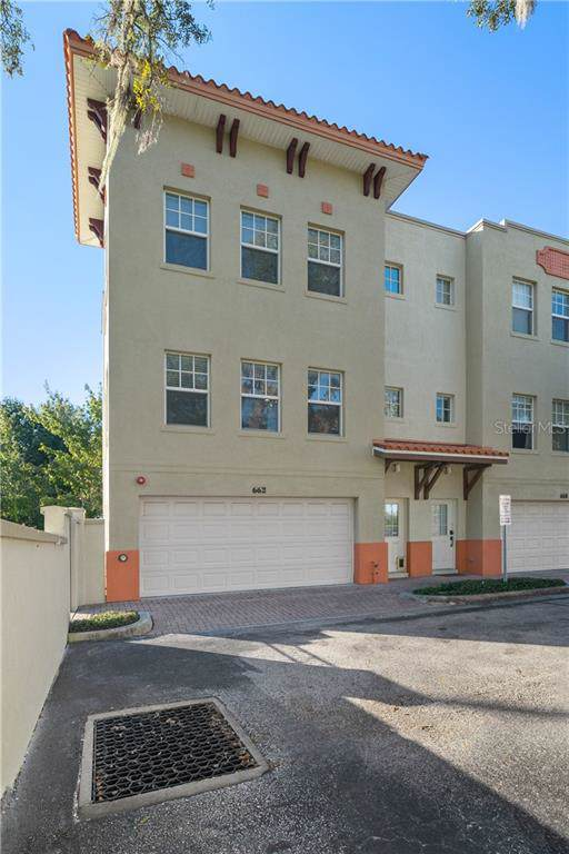 662 Siren Wind Lane, Clearwater, FL 33756 (MLS #T3211730) :: Delgado Home Team at Keller Williams