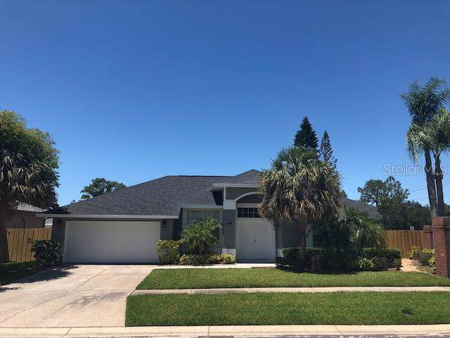 8708 Middle Cross Place, Tampa, FL 33635 (MLS #T3213278) :: 54 Realty