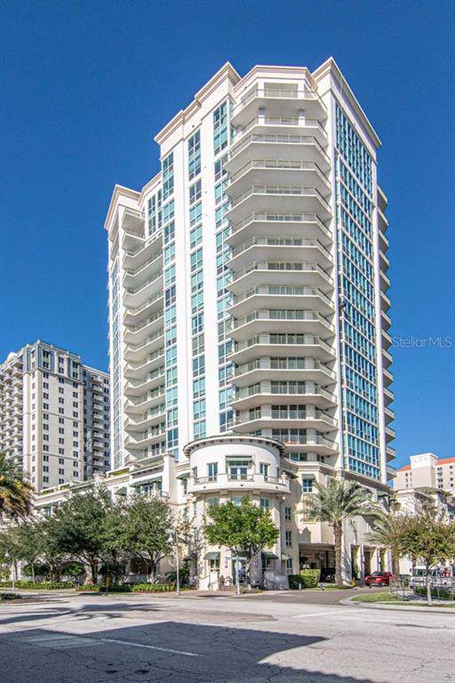 450 Knights Run Avenue #704, Tampa, FL 33602 (MLS #T3213462) :: The Duncan Duo Team