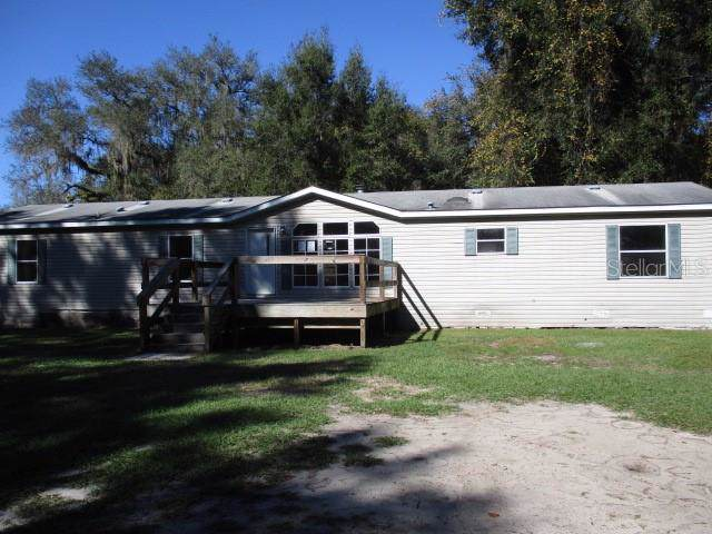 7470 Cr 609A, Bushnell, FL 33513 (MLS #T3213757) :: The Duncan Duo Team