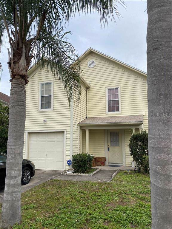 10731 Glen Ellen Drive, Tampa, FL 33624 (MLS #T3220236) :: The Light Team