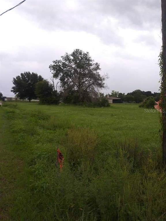 6713 Josie Drive, Seffner, FL 33584 (MLS #T3220784) :: Cartwright Realty