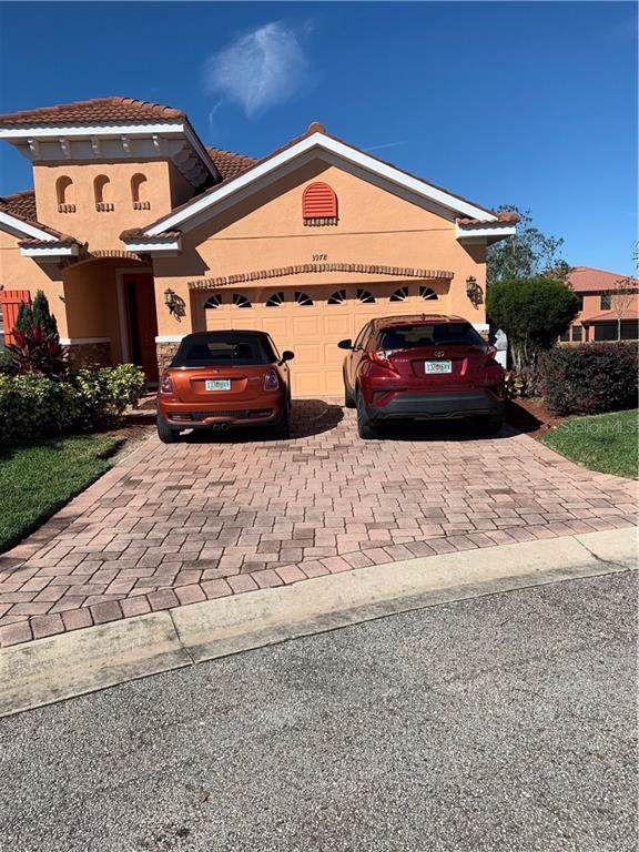 3978 Viamonte Lane, Lakeland, FL 33810 (MLS #T3220923) :: Team TLC | Mihara & Associates