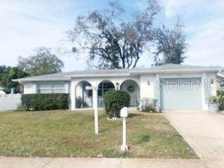 7811 Cayuga Drive, New Port Richey, FL 34653 (MLS #T3222123) :: 54 Realty