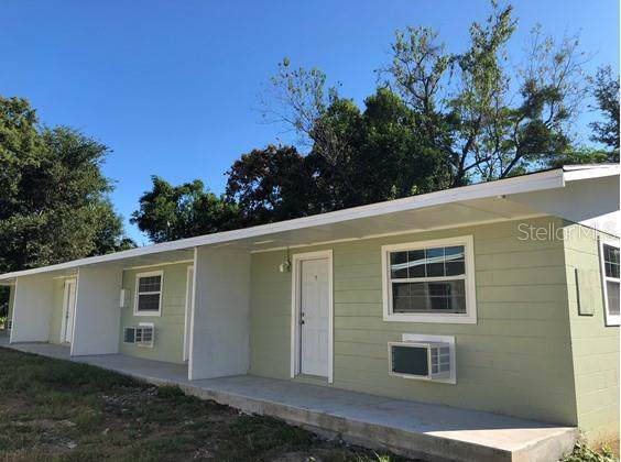 14842 17TH Street, Dade City, FL 33523 (MLS #T3222589) :: Premium Properties Real Estate Services