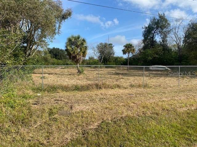 4713 El Camino Blanco Boulevard, Tampa, FL 33619 (MLS #T3225289) :: Premier Home Experts