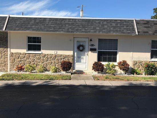 266 Skyloch Drive W, Dunedin, FL 34698 (MLS #T3225855) :: Dalton Wade Real Estate Group