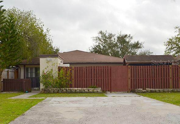 11003 Redberry Way, Tampa, FL 33624 (MLS #T3225881) :: The Light Team