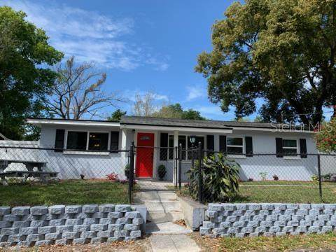 14926 Fisher Road, Tampa, FL 33613 (MLS #T3230661) :: Griffin Group