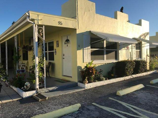 95 144TH Avenue #8, Madeira Beach, FL 33708 (MLS #T3231672) :: Globalwide Realty