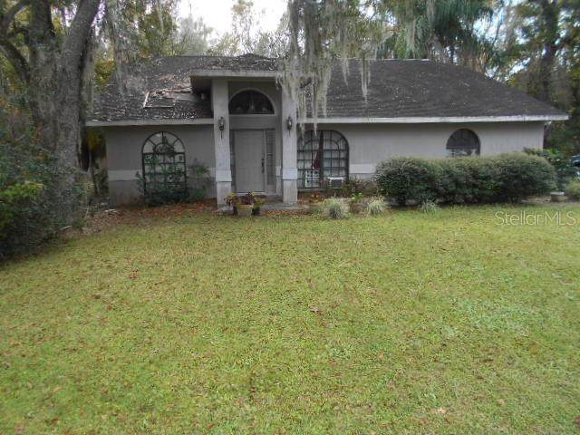 6382 Forestwood Drive E, Lakeland, FL 33811 (MLS #T3234725) :: Premium Properties Real Estate Services