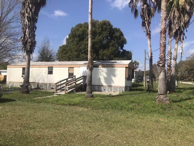 40351 Laird Avenue, Zephyrhills, FL 33540 (MLS #T3235444) :: Carmena and Associates Realty Group