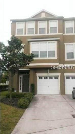 3042 Pointeview Drive, Tampa, FL 33611 (MLS #T3242035) :: Delgado Home Team at Keller Williams