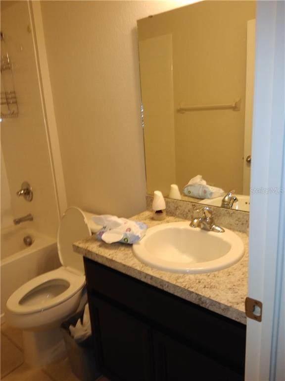 14450 Scottburgh Glen Drive, Wimauma, FL 33598 (MLS #T3244442) :: Griffin Group