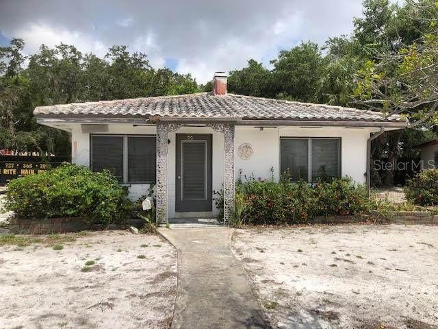 229 24TH Avenue S, St Petersburg, FL 33705 (MLS #T3244630) :: Burwell Real Estate