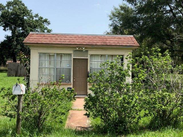 523 Hennessee Street, Lakeland, FL 33805 (MLS #T3250415) :: Sarasota Home Specialists