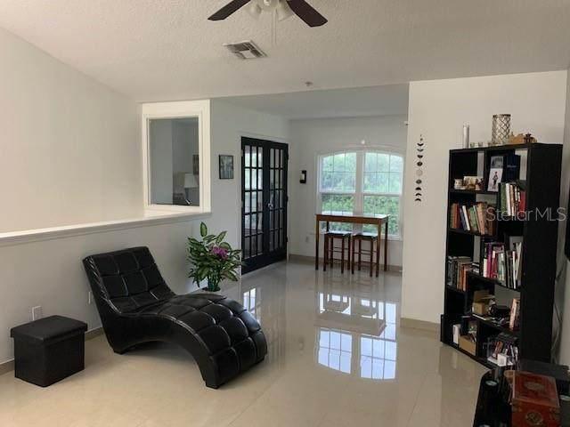6530 Swissco Drive #1122, Orlando, FL 32822 (MLS #T3250501) :: Cartwright Realty