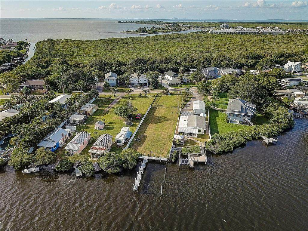 3304 Shell Point Road - Photo 1