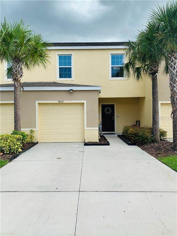 9857 Hound Chase Drive, Gibsonton, FL 33534 (MLS #T3258715) :: Keller Williams on the Water/Sarasota