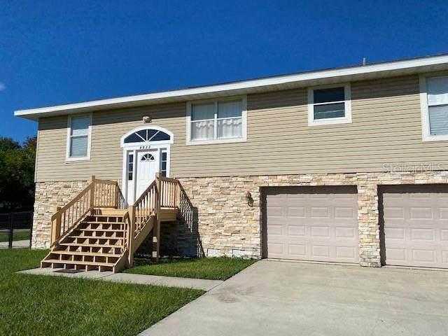 4833 5TH AVENUE Drive W, Palmetto, FL 34221 (MLS #T3267234) :: Premier Home Experts