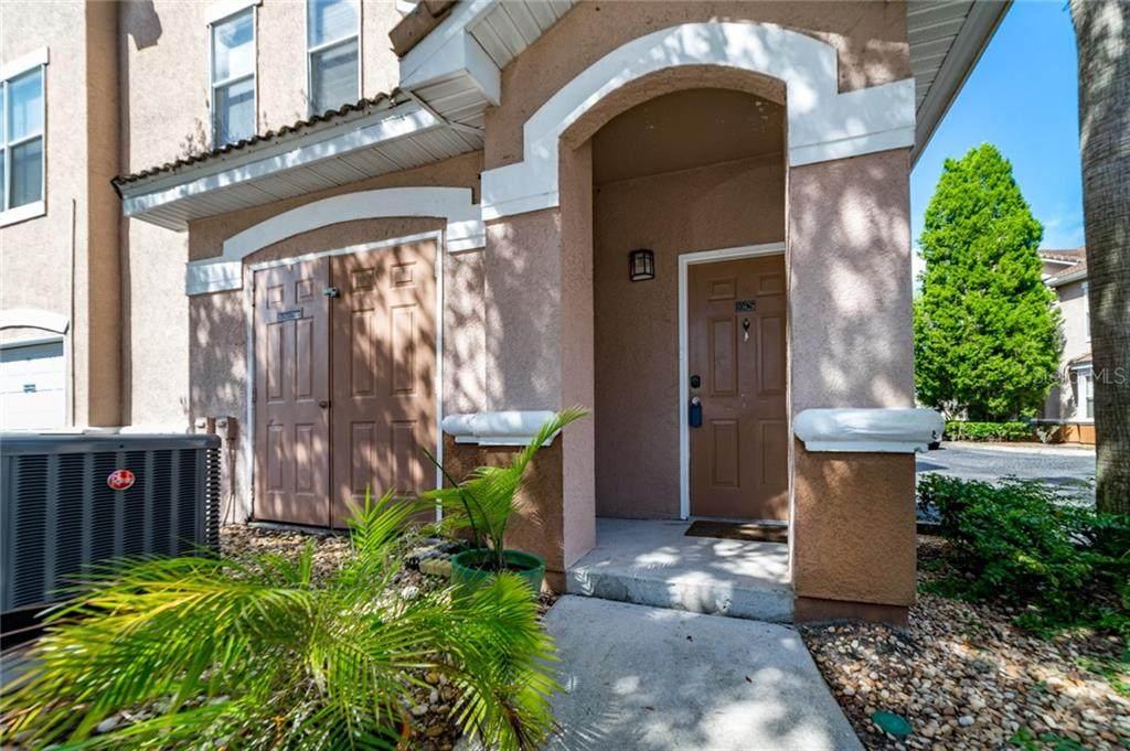 10426 Villa View Circle - Photo 1