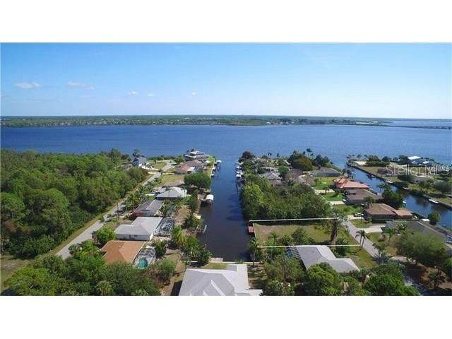 5097 Ackley Terrace, Port Charlotte, FL 33981 (MLS #T3271729) :: Key Classic Realty