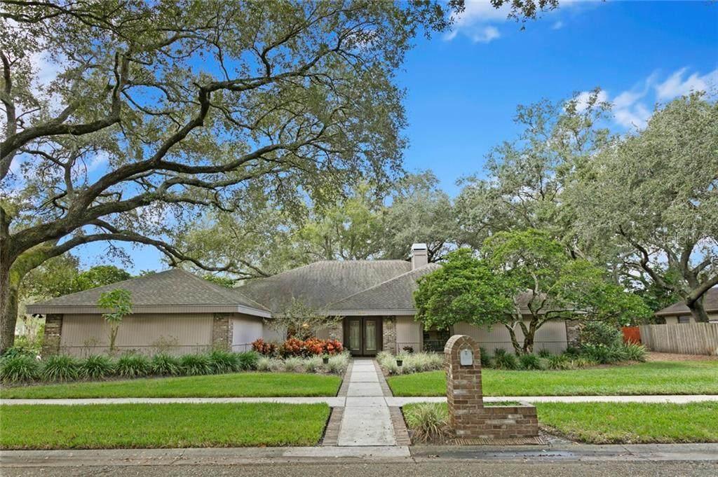 10902 Bent Tree Place - Photo 1