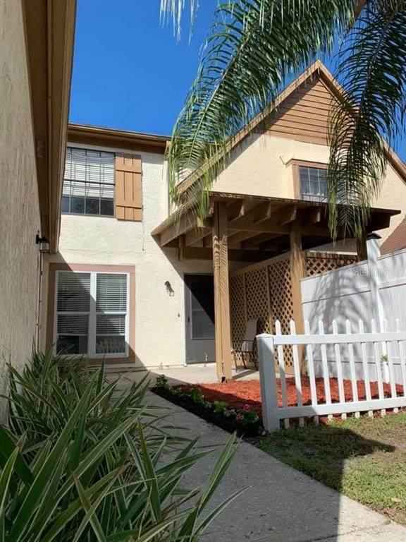 4021 Huxford Court, Tampa, FL 33624 (MLS #T3273655) :: Pristine Properties