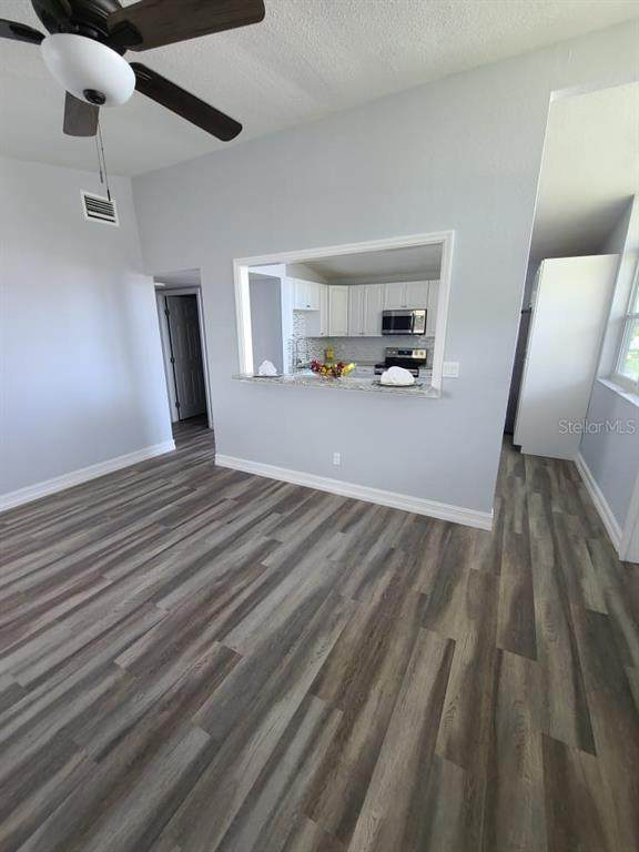 4508 W Clifton Street, Tampa, FL 33614 (MLS #T3285376) :: Premier Home Experts