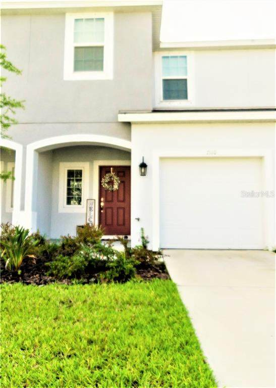 7110 Summer Holly Place, Riverview, FL 33578 (MLS #T3286581) :: The Duncan Duo Team