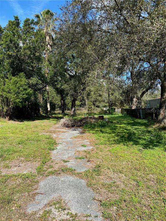 39245 Lizabeth Circle, Zephyrhills, FL 33542 (MLS #T3286583) :: Florida Real Estate Sellers at Keller Williams Realty