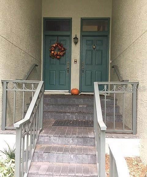 705 Seagate Drive, Tampa, FL 33602 (MLS #T3291153) :: Pepine Realty