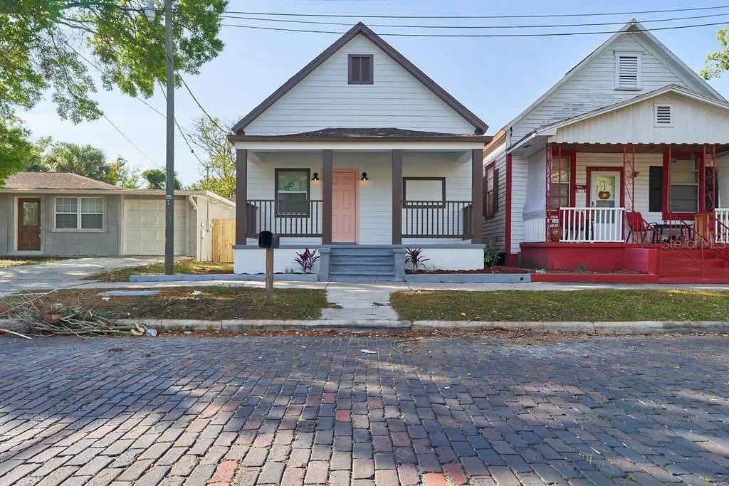 2318 Walnut Street - Photo 1