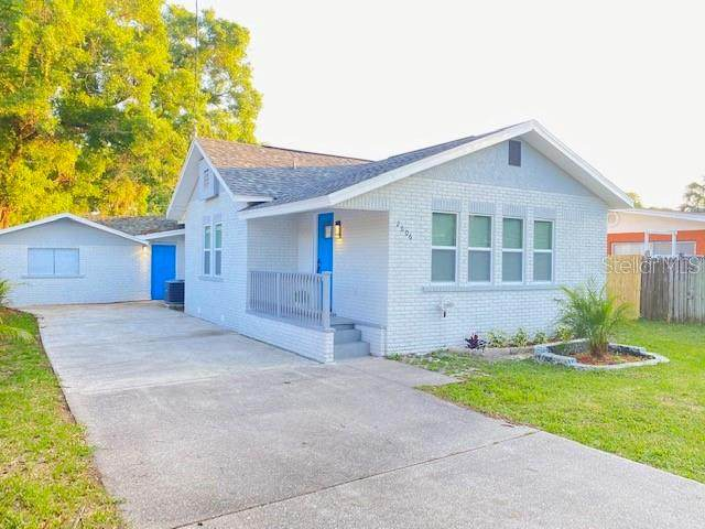 2606 W Henry Avenue, Tampa, FL 33614 (MLS #T3300301) :: Keller Williams Realty Peace River Partners