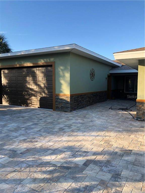 170 Bayside Drive, Clearwater, FL 33767 (MLS #T3300430) :: Sarasota Gulf Coast Realtors